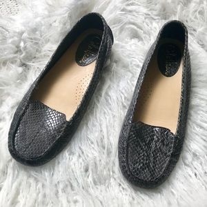 Cole Haan Snakeskin Flats Loafers Nike Air Size 8